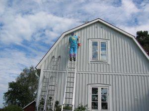 paint a barn