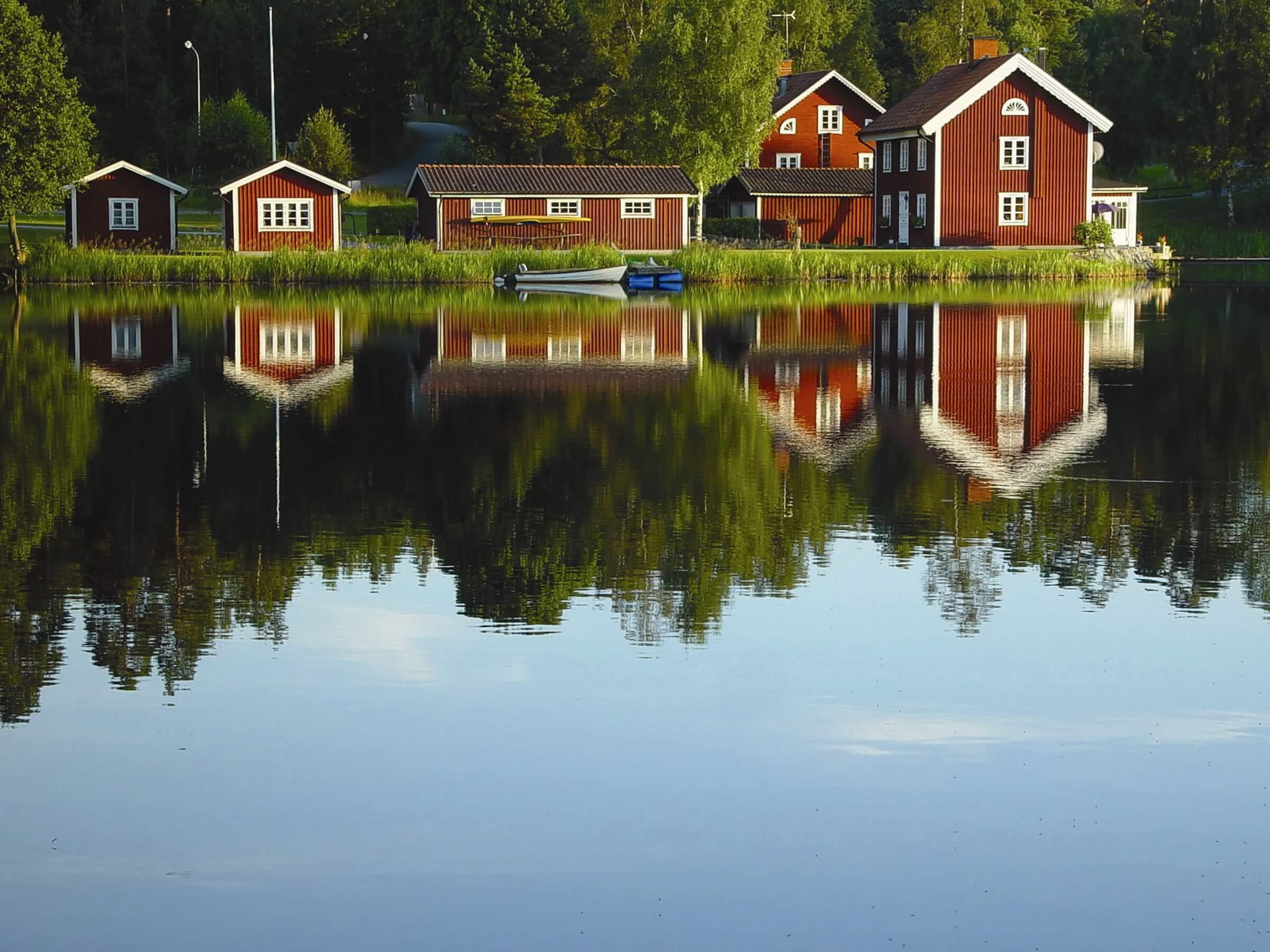 Fremragende Mat træmaling fra Sverige - Moose Färg Paint for wood, Swedish paint TK55